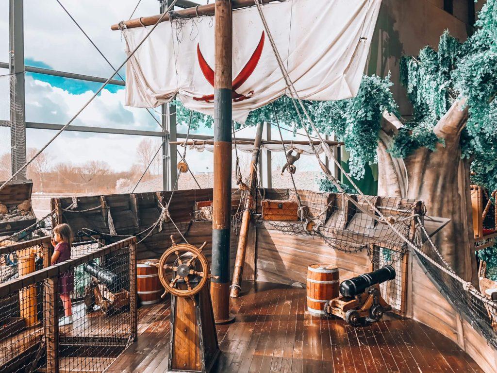 Sensapolis-Pirate Ship
