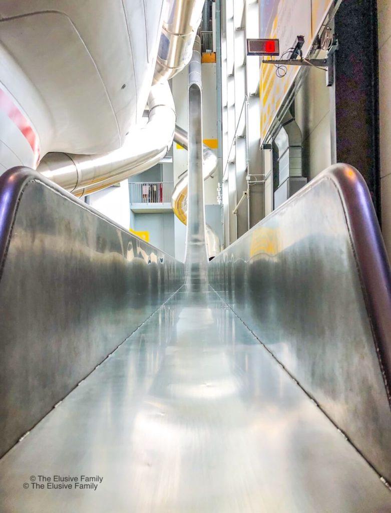 Sensapolis-Vertical Slide