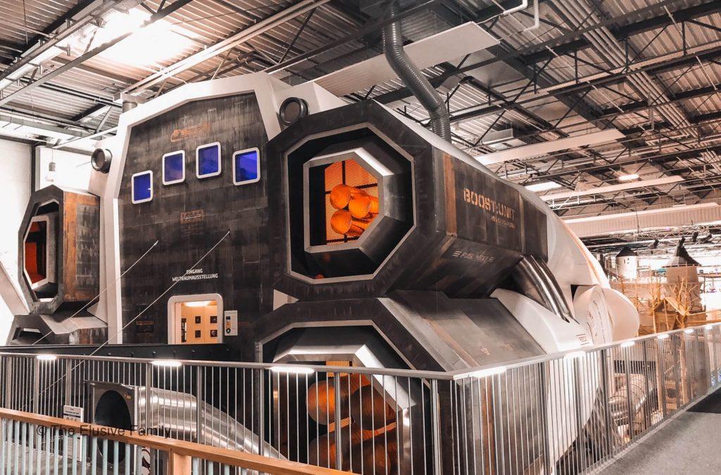Sensapolis-Spaceship